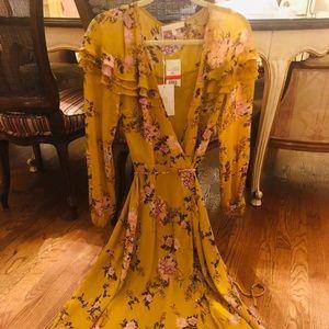 W.A.Y.F dress size x small NWT